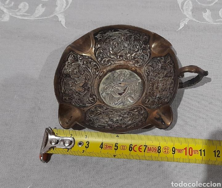 Antigüedades: Cenicero labrado y punzonado Antiguo. Ver fotos. - Foto 11 - 245115160