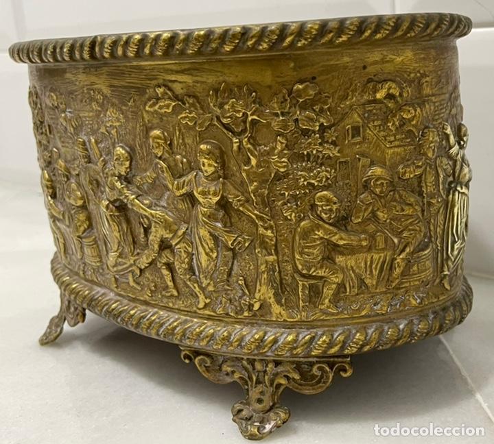 Antigüedades: ANTIGUA JARDINERA DE LOS PAÍSES BAJOS EN LATÓN SIGLO XIX - Foto 2 - 245128060