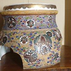 Antigüedades: PEANA DE PORCELANA SATSUMA, SIGLO XIX. Lote 245135165