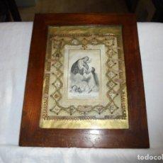 Antigüedades: ANTIGUO RELICARIO CON 20 RELIQUIAS DE SANTOS.. Lote 245140555
