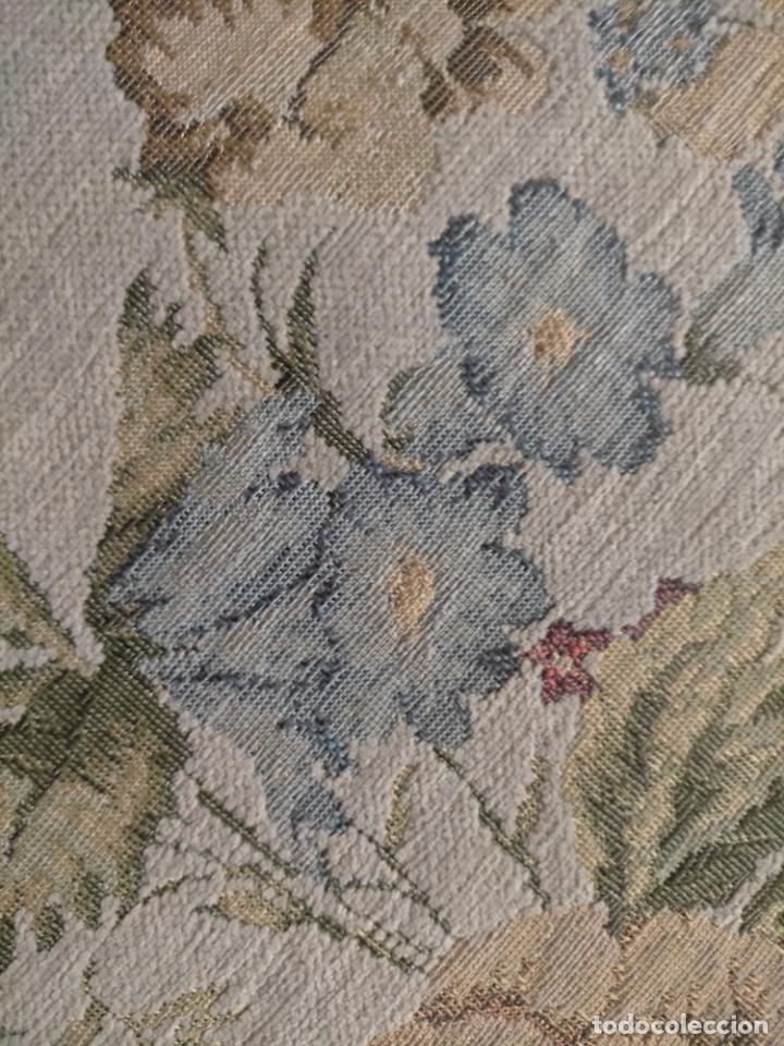 Antigüedades: ALFOMBRA ALFOMBRILLA FLORAL TIPO TAPIZ . 120 X 70 CM - Foto 6 - 245170250