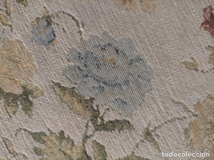 Antigüedades: ALFOMBRA ALFOMBRILLA FLORAL TIPO TAPIZ . 120 X 70 CM - Foto 14 - 245170250