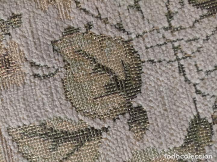 Antigüedades: ALFOMBRA ALFOMBRILLA FLORAL TIPO TAPIZ . 120 X 70 CM - Foto 15 - 245170250