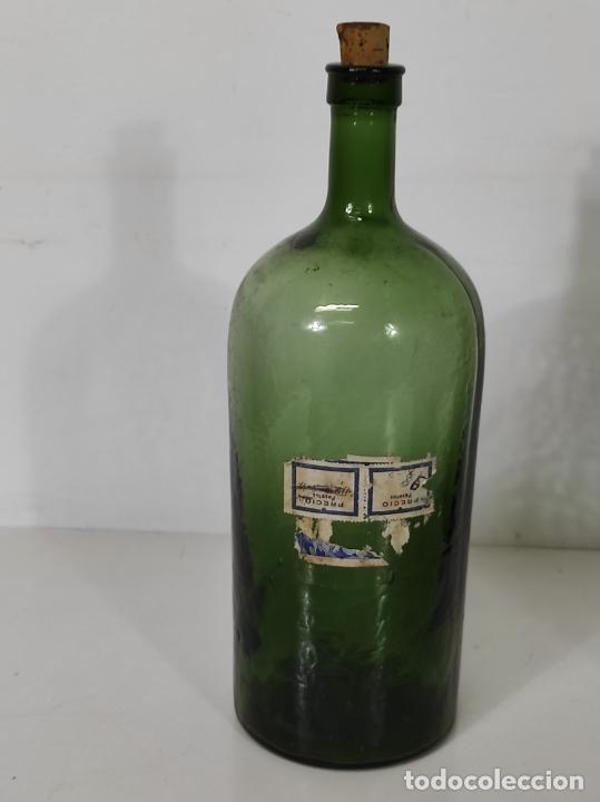 Antigüedades: Lote de Botellas Cristal Verde Soplado - Bote de Farmacia - Tapón de Corcho - Principios S. XX - Foto 6 - 245234840