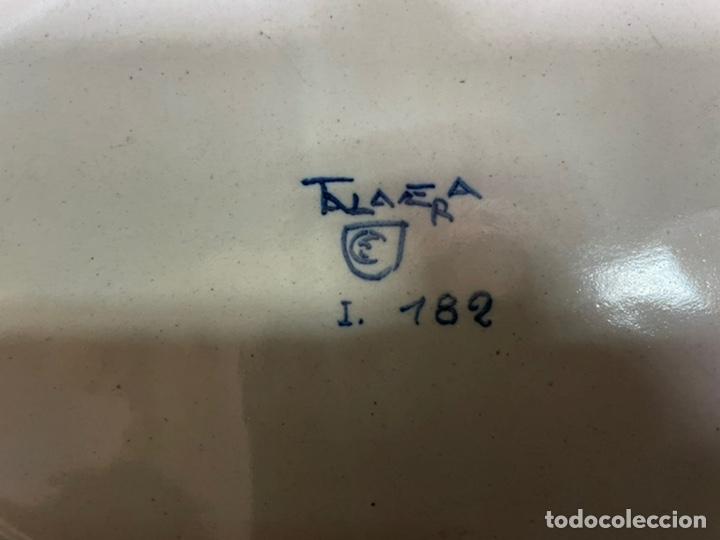 Antigüedades: Mancerina doble, bandeja Ruiz de Luna Talavera antigua, buen estado azul - Foto 5 - 245272660