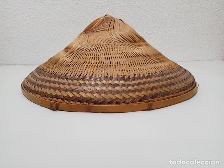 Antigüedades: SOMBRERO VIETNAMITA EN FIBRA VEGETAL - Foto 3 - 245279710