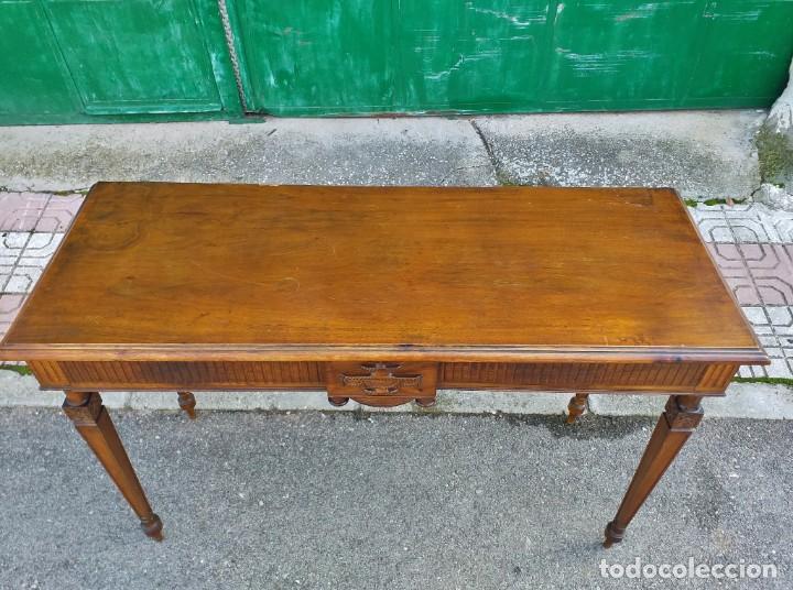 Antigüedades: Consola antigua estilo Luis XVI. Mesa auxiliar vintage estilo imperio modernista. - Foto 7 - 243883670