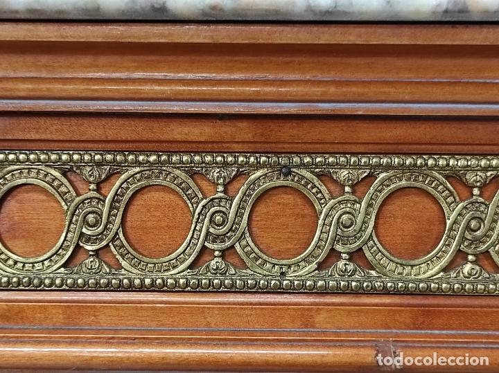 Antigüedades: Bonito Secreter Estilo Luis XV - Escritorio - Diferentes Maderas con Marquetería, Bronce y Mármol - Foto 31 - 245354475