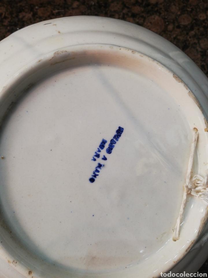 Antigüedades: Antiguo Plato cerámica pintado a mano - Foto 3 - 245388660