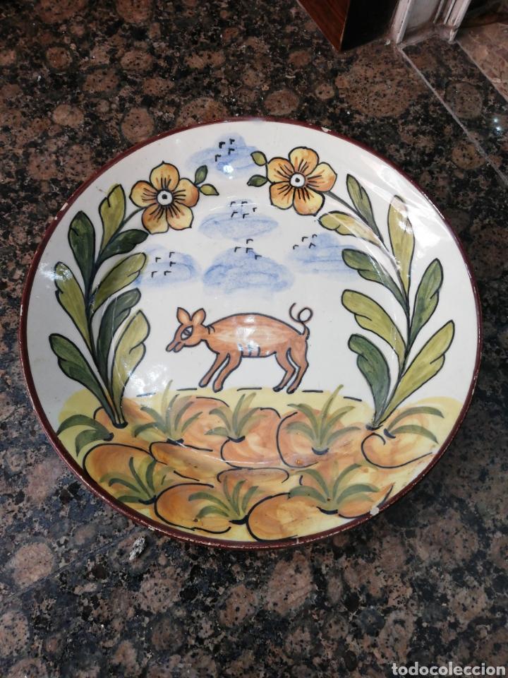 ANTIGUO PLATO CERÁMICA PINTADO A MANO (Antigüedades - Porcelanas y Cerámicas - Alcora)