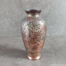 Antigüedades: ANTIGUO JARRON FLORERO TRABAJO EN COBRE * RELIEVE. Lote 44205120