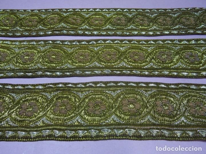 GALON ANTIGUO EN ORO Y PLATA (Antigüedades - Moda - Bordados)
