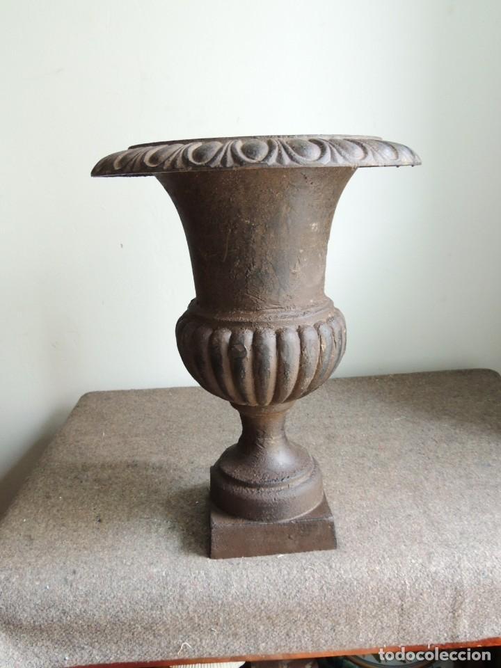 Antigüedades: COPA DE HIERRO ALTURA 40 CM - Foto 6 - 245419875