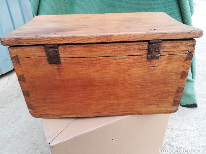 Antigüedades: Caja caudales fuerte arqueta baúl escritorio cofre joyero con su cerradura y llave funcionando!! - Foto 4 - 245436040