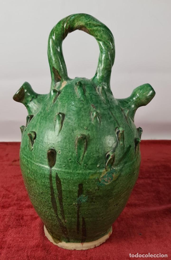 Antigüedades: PAREJA DE BOTIJOS. CERÁMICA ANDALUZA ESMALTADA Y VIDRIADA. ÚBEDA. SIGLO XX. - Foto 2 - 245528845