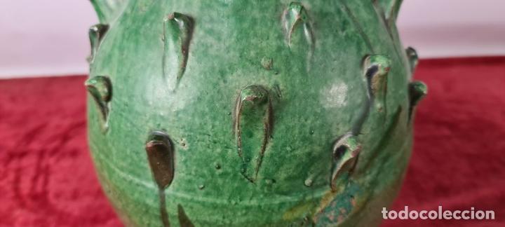 Antigüedades: PAREJA DE BOTIJOS. CERÁMICA ANDALUZA ESMALTADA Y VIDRIADA. ÚBEDA. SIGLO XX. - Foto 6 - 245528845