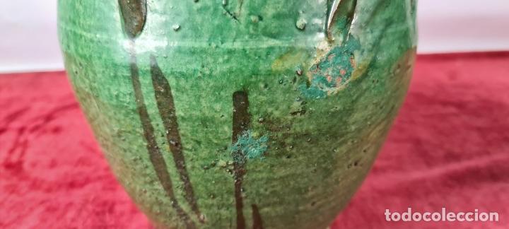 Antigüedades: PAREJA DE BOTIJOS. CERÁMICA ANDALUZA ESMALTADA Y VIDRIADA. ÚBEDA. SIGLO XX. - Foto 7 - 245528845