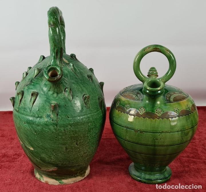 Antigüedades: PAREJA DE BOTIJOS. CERÁMICA ANDALUZA ESMALTADA Y VIDRIADA. ÚBEDA. SIGLO XX. - Foto 9 - 245528845