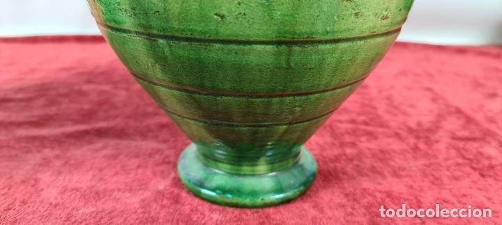 Antigüedades: PAREJA DE BOTIJOS. CERÁMICA ANDALUZA ESMALTADA Y VIDRIADA. ÚBEDA. SIGLO XX. - Foto 13 - 245528845