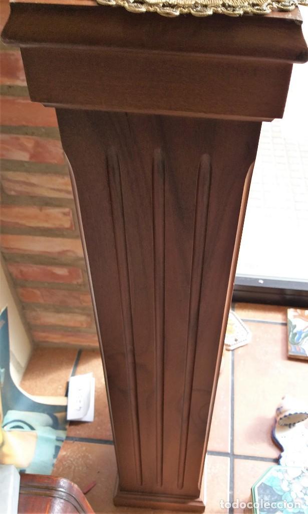 Antigüedades: COLUMNA, PEDESTAL DE MADERA DE NOGAL MACIZA - Foto 5 - 75718795