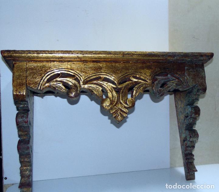 ANTIGUA REPISA, PEANA RESTOS PAN DE ORO, MADERA TALLADA, 62 CM DE LARGA (Antigüedades - Muebles Antiguos - Repisas Antiguas)