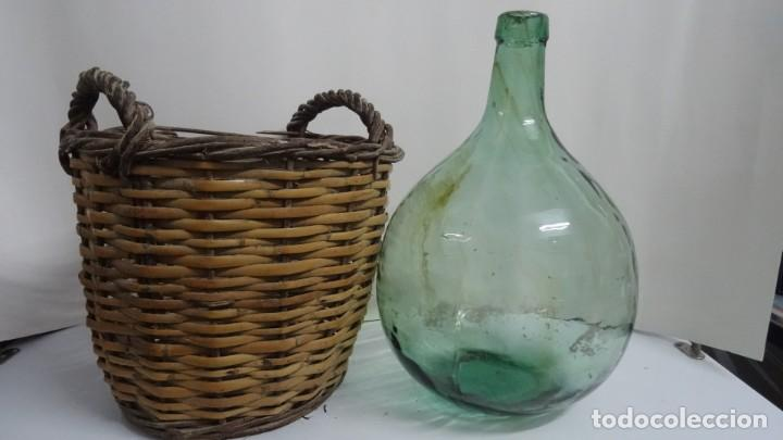 ANTIGUA DAMAJUANA CRISTAL 8L CON CESTA DE MIMBRE (Antigüedades - Cristal y Vidrio - Otros)