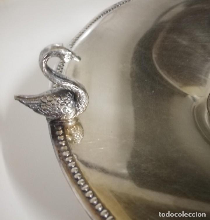 Antigüedades: Frutero de alpaca decorado con cisnes - Foto 2 - 245755780