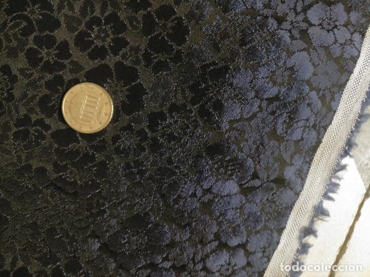 Antigüedades: 5 METROS X 125 ANCHO BROCADO MINI AZUL NOCHE FLORAL IDEAL VIRGEN SEMANA SANTA DIFUNTOS CONFECCIONES - Foto 7 - 245889745