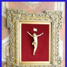 Antigüedades: CRISTO DE MARFIL ENMARCADO. Lote 245936090