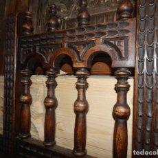 Antiquités: BELLA SILLA DE NOGAL MACIZO...COPIA RENACENTISTA ..MUY BONITA. Lote 245960885