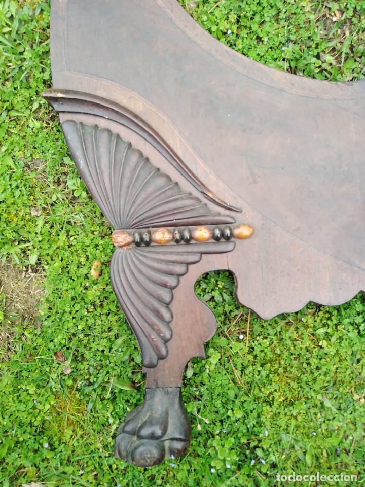 Antigüedades: Apabullante cama isabelina puro siglo diecinueve cuajada de marquetería con copete tallado midiendo - Foto 2 - 173523958