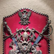 Antigüedades: METOPA CON ESCUDO HERÁLDICO CIUDAD DE TOLEDO. Lote 246126065