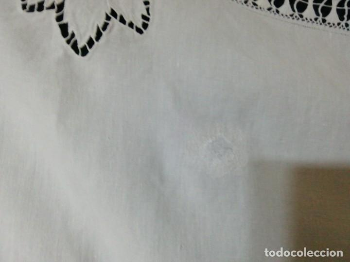 Antigüedades: * MANTEL DE LINO BORDADO RICHELIEU.2,8M.(Rf:E-70/ae) - Foto 6 - 246129980