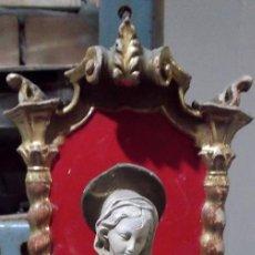 Oggetti Antichi: HORNACINA REPISA MADERA TALLADA Y DORADA CON IMAGEN ANTIGUA 30 CM.. Lote 246149610