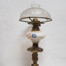 Antigüedades: QUINQUE , BRONCE , PORCELANA Y CRISTAL. Lote 246269250