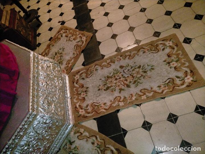 ALFOMBRA 116X57 ALFOMBRILLA LANA + OTRA CORTADA POR LA MITAD DE REGALO (Antigüedades - Hogar y Decoración - Alfombras Antiguas)