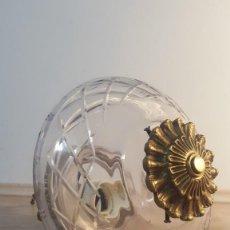 Antigüedades: LAMPARA TECHO BRONCE Y CRISTAL. Lote 246474635