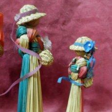 Antigüedades: 5 MUÑECAS DECORATIVAS AROMATICAS HECHAS DE MIMBRE AÑOS 70-80. Lote 246491465