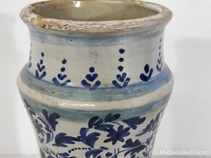 Antigüedades: Bote, Albarelo de Farmacia -Cerámica Policromada Catalana, Influencia Francesa -Altura 31cm S. XVIII - Foto 7 - 246521705