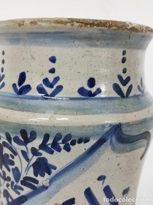Antigüedades: Bote, Albarelo de Farmacia -Cerámica Policromada Catalana, Influencia Francesa -Altura 31cm S. XVIII - Foto 17 - 246521705