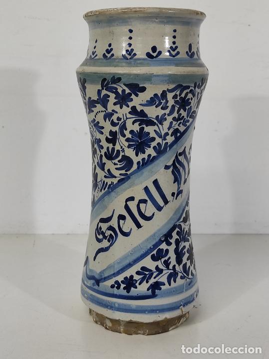 Antigüedades: Bote, Albarelo de Farmacia -Cerámica Policromada Catalana, Influencia Francesa -Altura 31cm S. XVIII - Foto 24 - 246521705