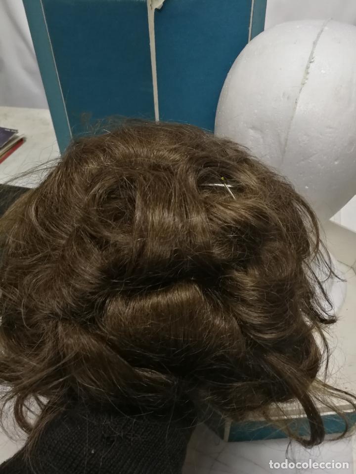Antigüedades: ANTIGUA PELUCA DE PELO HUMANO HUMAN HAIR EN SU CAJA Y SOPORTE MADAME JULLIE CUCHITA 70 - Foto 9 - 267306624
