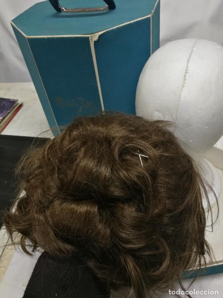 Antigüedades: ANTIGUA PELUCA DE PELO HUMANO HUMAN HAIR EN SU CAJA Y SOPORTE MADAME JULLIE CUCHITA 70 - Foto 10 - 267306624