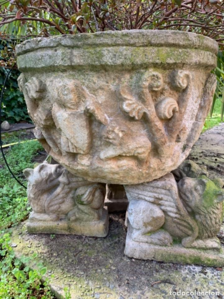 GRAN JARDINERA DE CEMENTO AÑOS 50 (Antigüedades - Hogar y Decoración - Jardineras Antiguas)