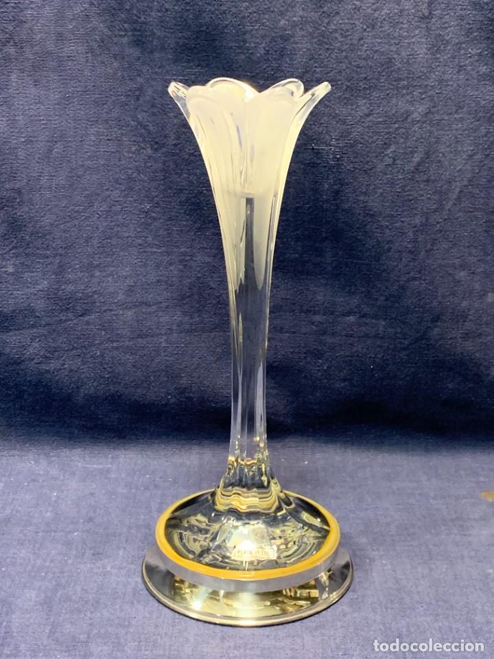 Antigüedades: PAREJA CANDELEROS VIDRIO BASES PLATA 1ª LEY ETIQUETAS CONTRASTES 24X10,5CMS - Foto 14 - 246675080
