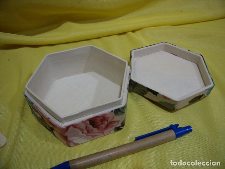 Antigüedades: Caja joyero cartón forrado tela por dentro y por fuera, años 80, Nuevo sin usar. - Foto 3 - 246738685