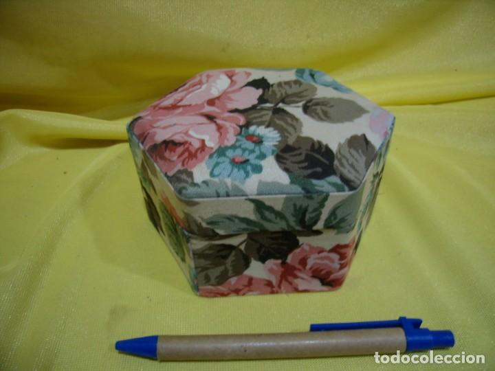 Antigüedades: Caja joyero cartón forrado tela por dentro y por fuera, años 80, Nuevo sin usar. - Foto 2 - 246739435