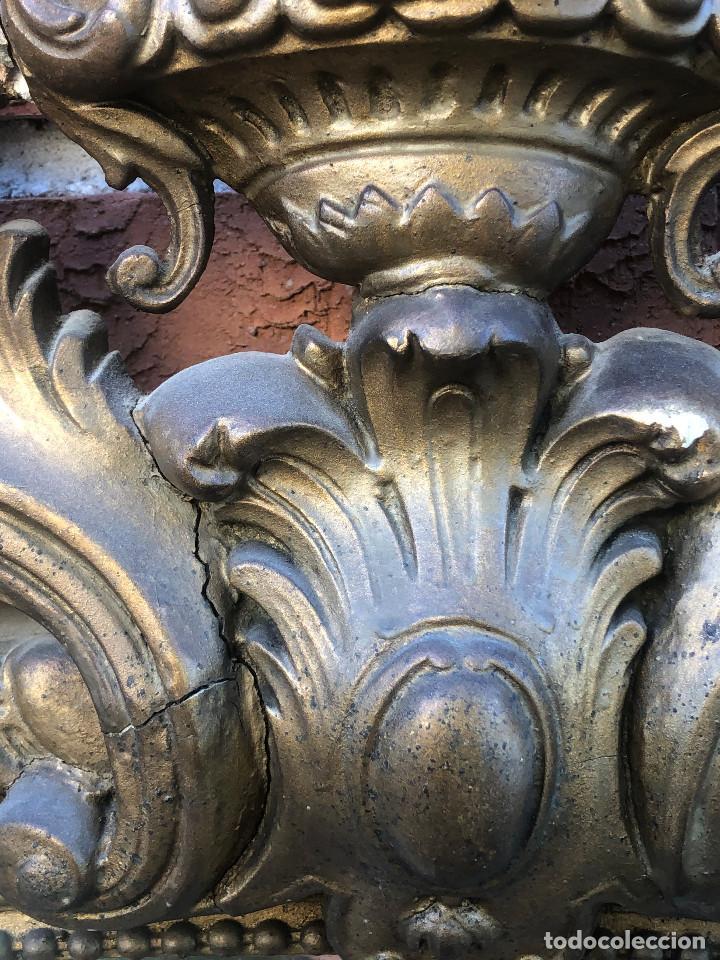 Antigüedades: AUTÉNTICO GRAN ESPEJO ISABELINO CON COPETE CENTRAL TALLADO DE FOLLAJE Y ANGELES A RESTAURAR SIG XIX - Foto 13 - 246880380