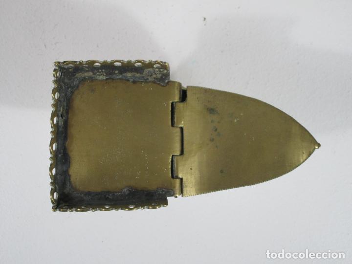 Antigüedades: Antigua Naveta - Naveta en Bronce Cincelado - Incienso, Liturgia - S.XVIII-XIX - Foto 4 - 246900785