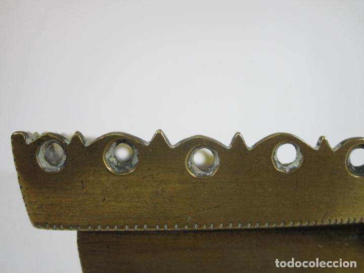 Antigüedades: Antigua Naveta - Naveta en Bronce Cincelado - Incienso, Liturgia - S.XVIII-XIX - Foto 8 - 246900785